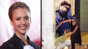 PHOTO: Jessica Alba in Oklahoma City with posters of Great White shrkes.