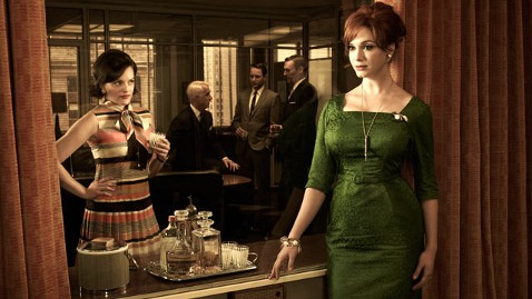 ht madmen fashion dm 120314 wblog Mad Men Premiere Pulls in Biggest Audience in Series History