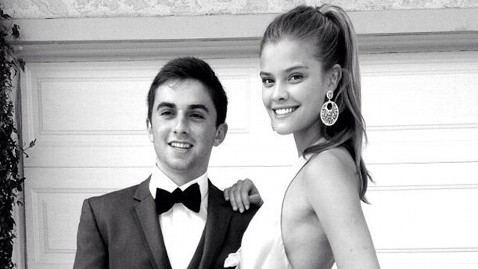 Teen Who Asked Kate Upton to Prom Takes Another Sports Illustrated Model ...