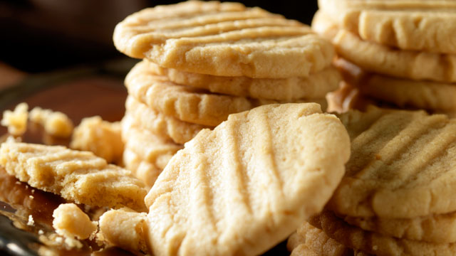 PHOTO: Beth Leonard's crunchy peanut butter cookies are shown here.