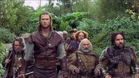 ht snow white huntman dwarves ll 120605 wblog Little People Have Big Beef with Snow White and the Huntsman