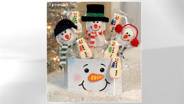 PHOTO: Oriental Trading's snowman gift box is shown here.