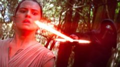 ' ' from the web at 'http://a.abcnews.go.com/images/Entertainment/ht_star_wars_trailer_02_jc_151106_16x9t_240.jpg'