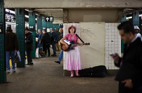 ht street performer nt 120117 Flickr Photographer: Sam Horine