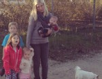 "PHOTO: Tori Spelling tweets, ""4 kids. 1 dog. 1 car leaking gas broken down on the side of the road= not a great road trip."""