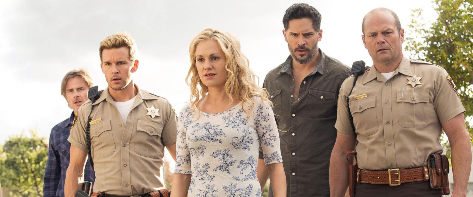 "PHOTO: Sam Trammell, Ryan Kwanten, Anna Paquin, Joe Manganiello, and Chris Bauer appear in HBOs ""True Blood."""