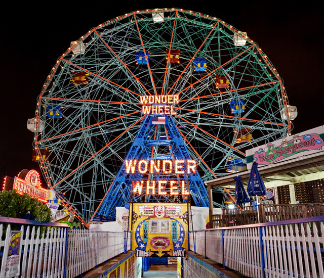ht wonder wheel coney island james karla murray new york nights lpl 130205 blog PHOTOS: Neon New York Nights