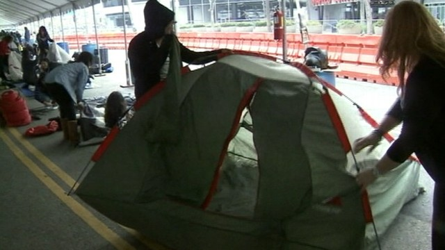 """VIDEO: """"Twihards"""" set up tents outside L.A.?s Nokia Theater to see movie stars walk the red carpet."""