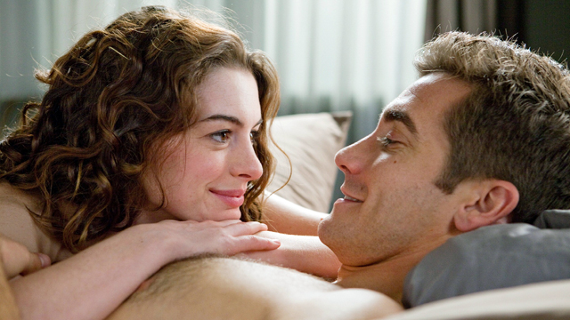 PHOTO: Anne Hathaway and Jake Gyllenhaal in Love And Other Drugs.
