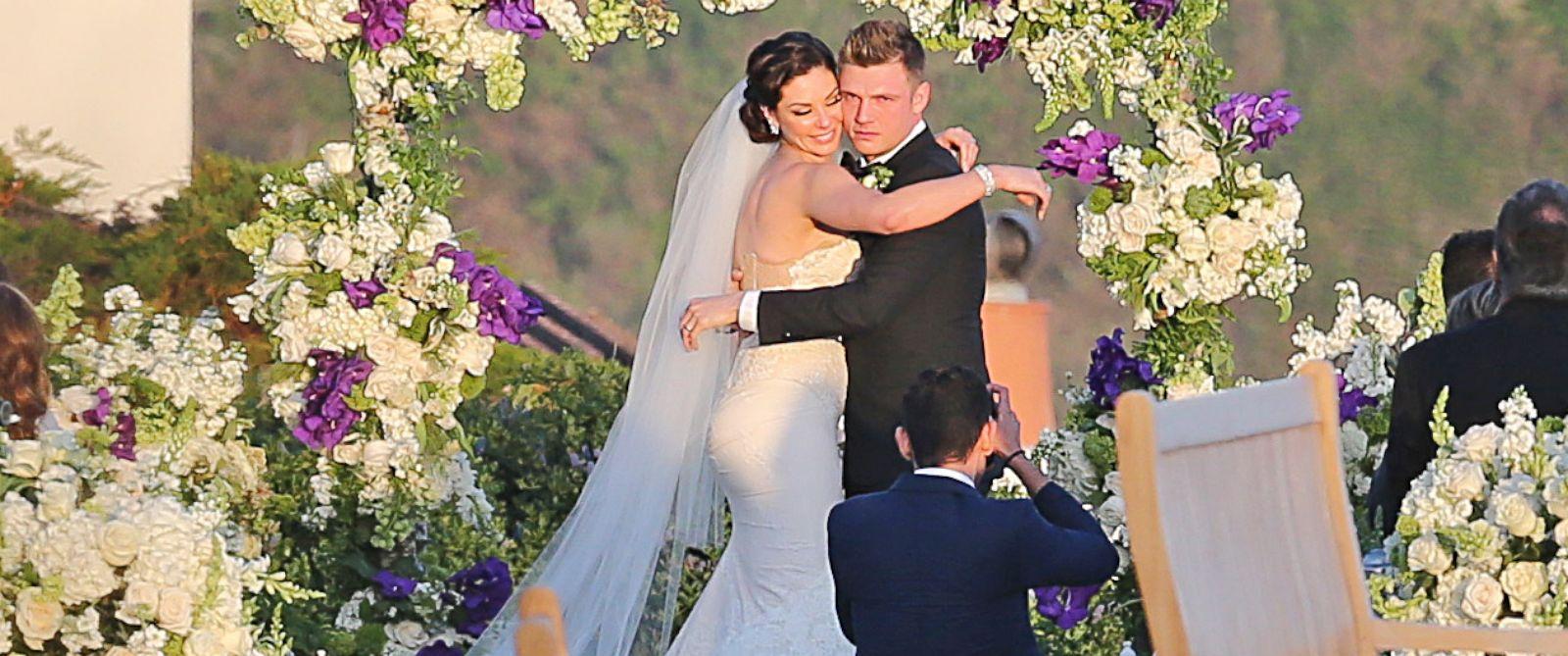 PHOTO: Nick Carter gets married to fiance Lauren Kitt in Santa Barbara, Calif, on April 12, 2014.