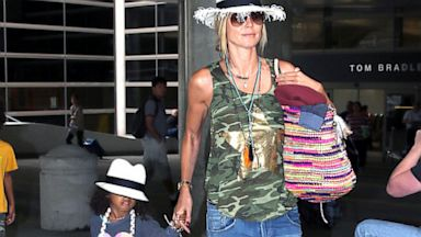 PHOTO: Heidi Klum arrives back in L.A., with her daughter, after a vacation in Tahiti, July 21, 2013.