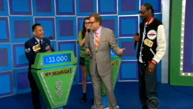 VIDEO: Snoop Dogg appears on game show The Price Is Right for charity.