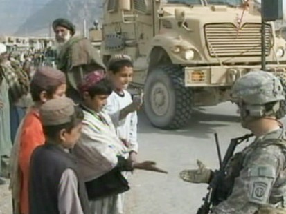 VIDEO: Military hopes to create a defensive ring to protect residents in Kandahar.