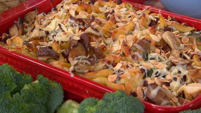 VIDEO: Emeril Lagasse's Thanksgiving Leftovers