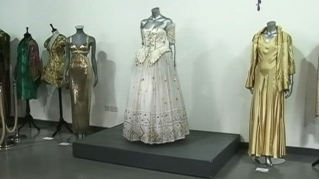 VIDEO: Lady Dis favorite gown is expected to sell for as much as $130,000.