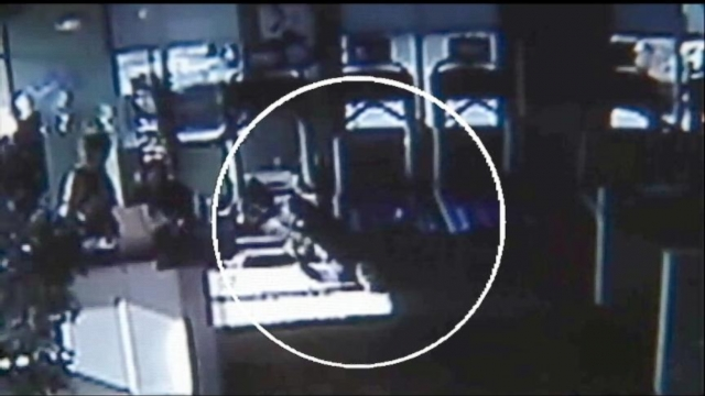 VIDEO: Mom, Daughters Save Mans Life