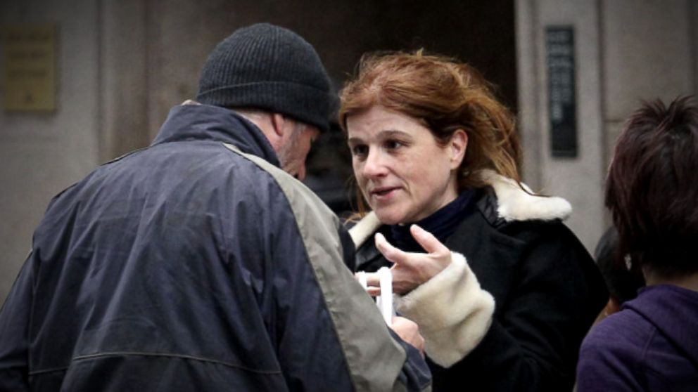 VIDEO: French Woman Who Gave Food to Hobo Richard Gere