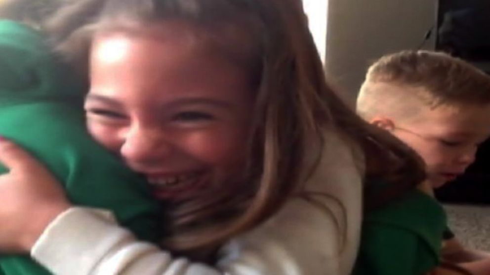 VIDEO: Siblings Find Out Mommys Having Another Baby