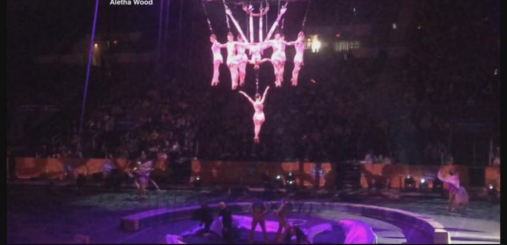 VIDEO: 11 people were taken to the hospital after acrobats and the shows centerpiece crashed to the floor.