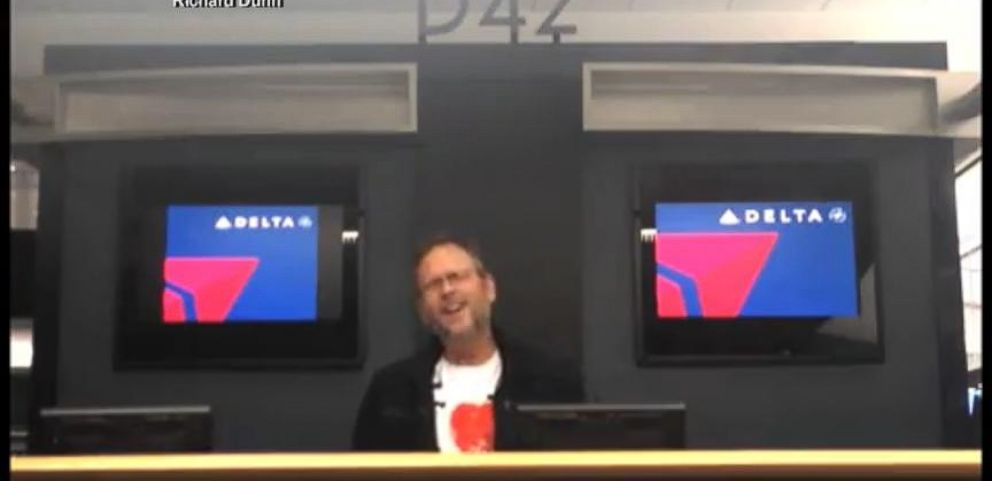 VIDEO: All by Myself Airport Lip-Sync Goes Viral