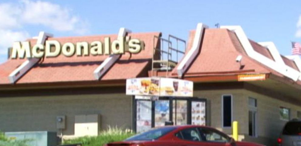 VIDEO: For a limited time, some south Florida McDonalds are trying out a 60-second guarantee on weekday lunch orders.