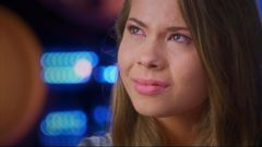 VIDEO: Dancing Star Bindi Irwin Dances Tribute to Late Father