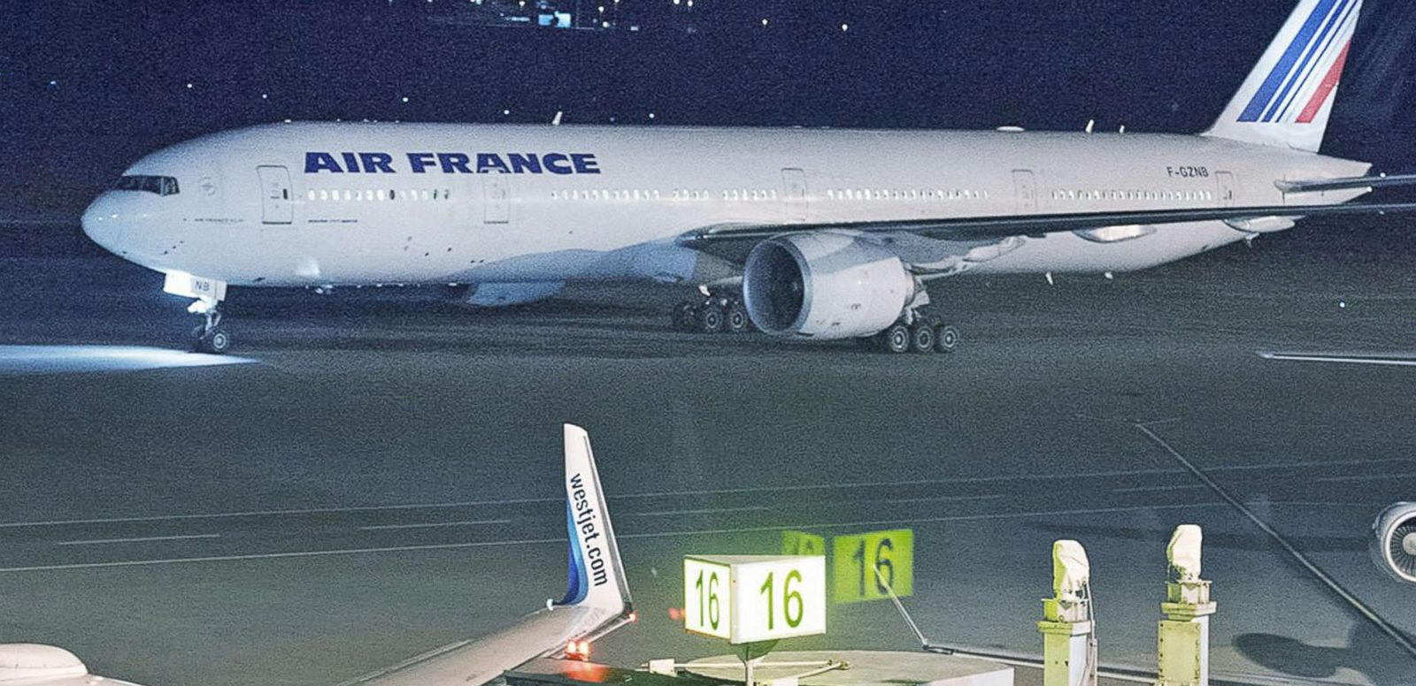 VIDEO: Air France Flights to Paris Diverted After Bomb Scare