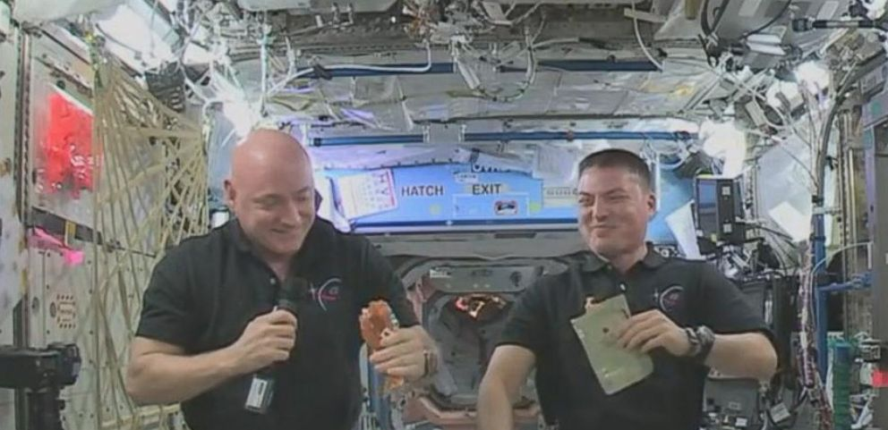 VIDEO: NASA has released a video showing how astronauts make their Thanksgiving dinner in space.