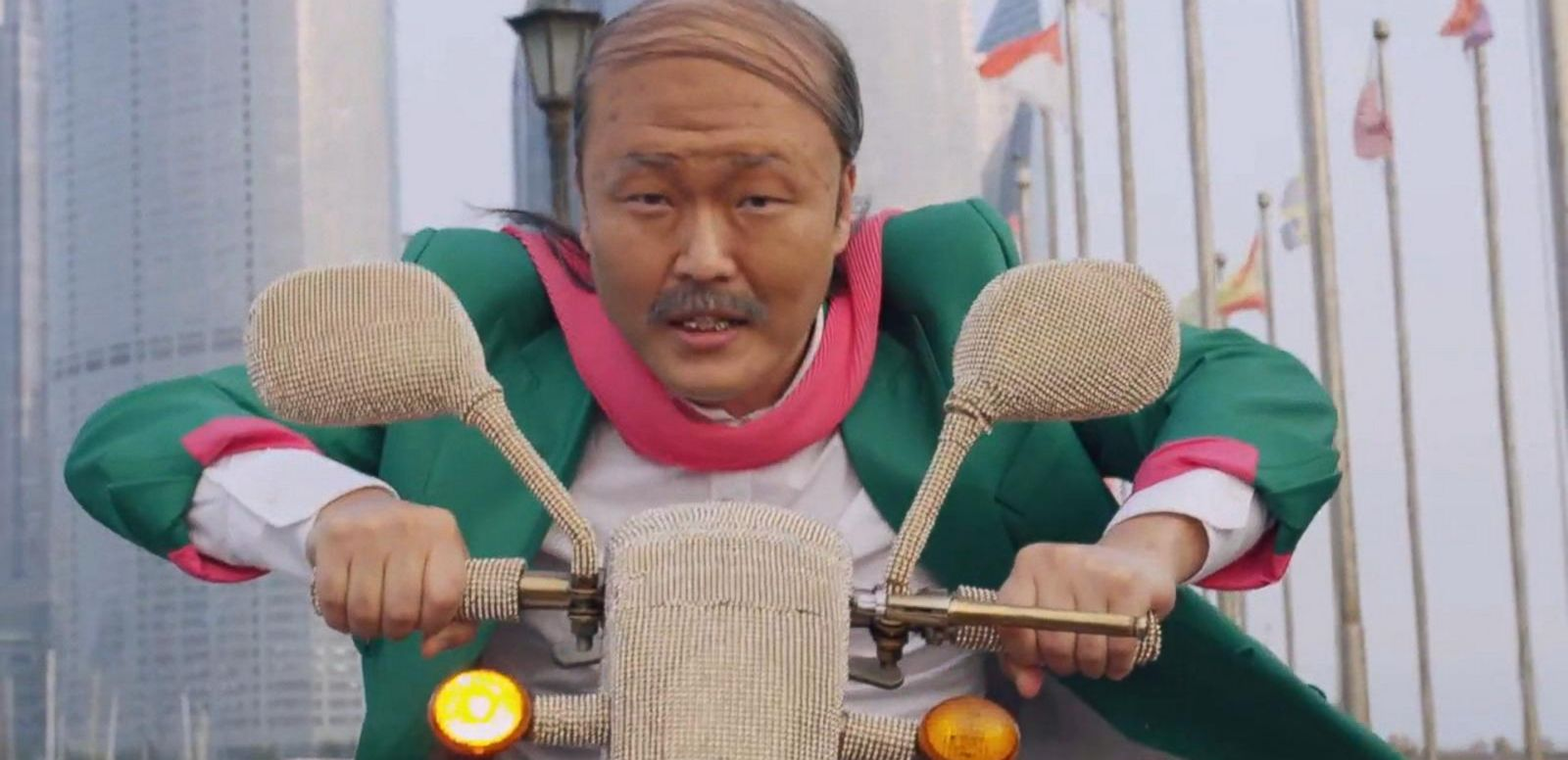 VIDEO: 'Gangnam Style' Star Psy Debuts New 'Daddy' Video