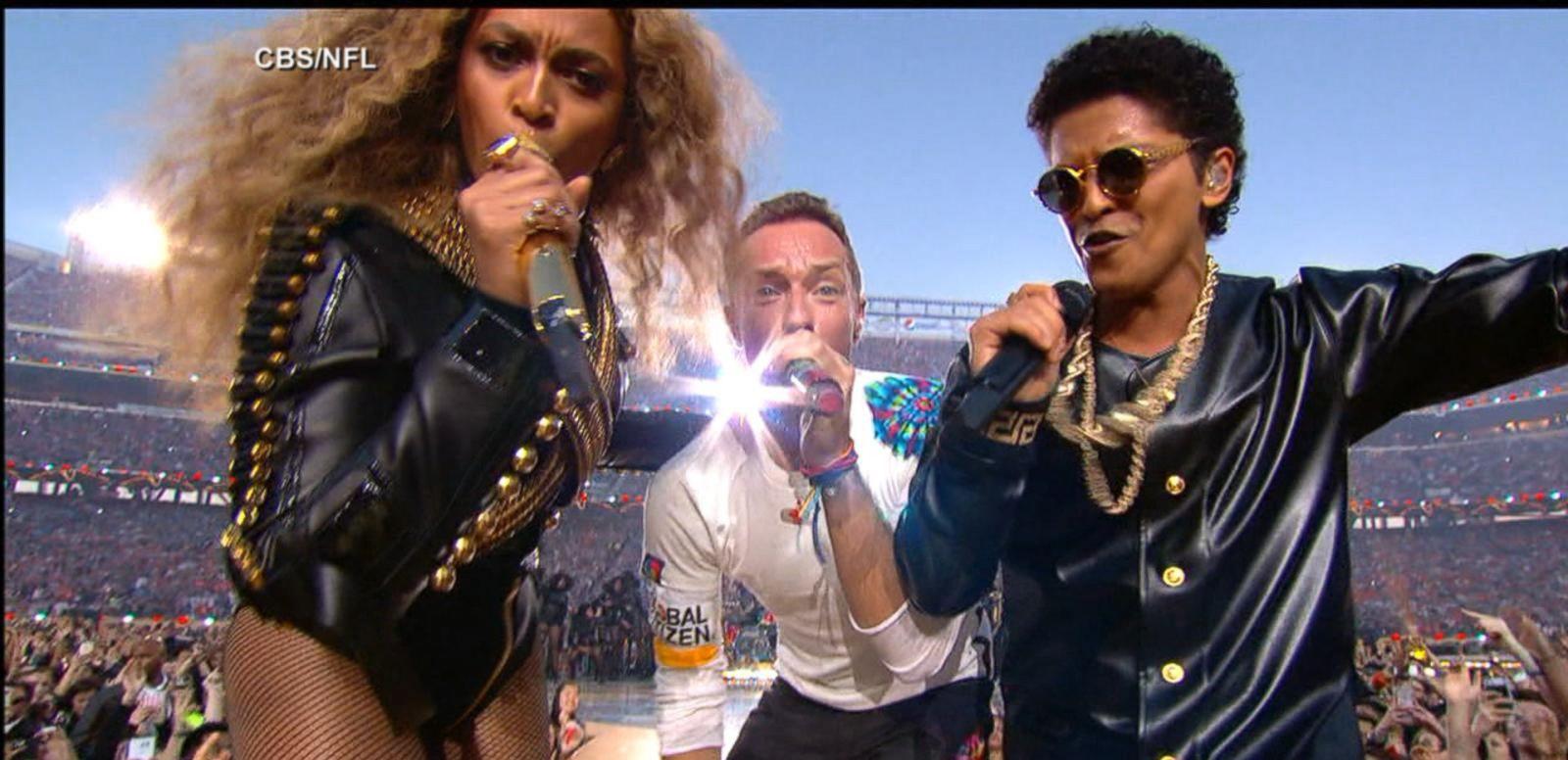 VIDEO: Beyonce, Coldplay, Bruno Mars Rock Super Bowl 50 Halftime Show