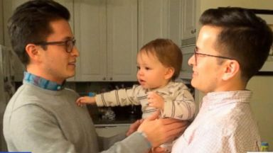 VIDEO: Baby Confused by Dads Twin