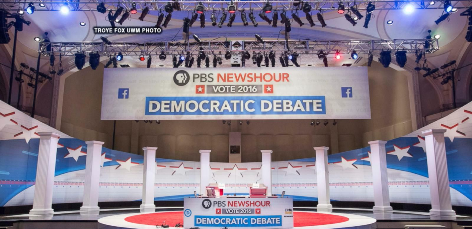 VIDEO: Democratic Presidential Candidates to Face-Off in Debate