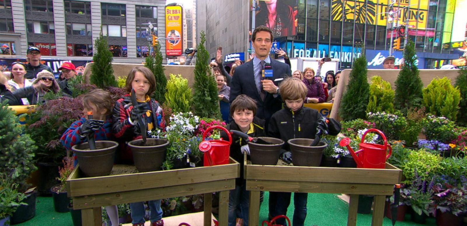 VIDEO: 'GMA' Gets Ready for Spring