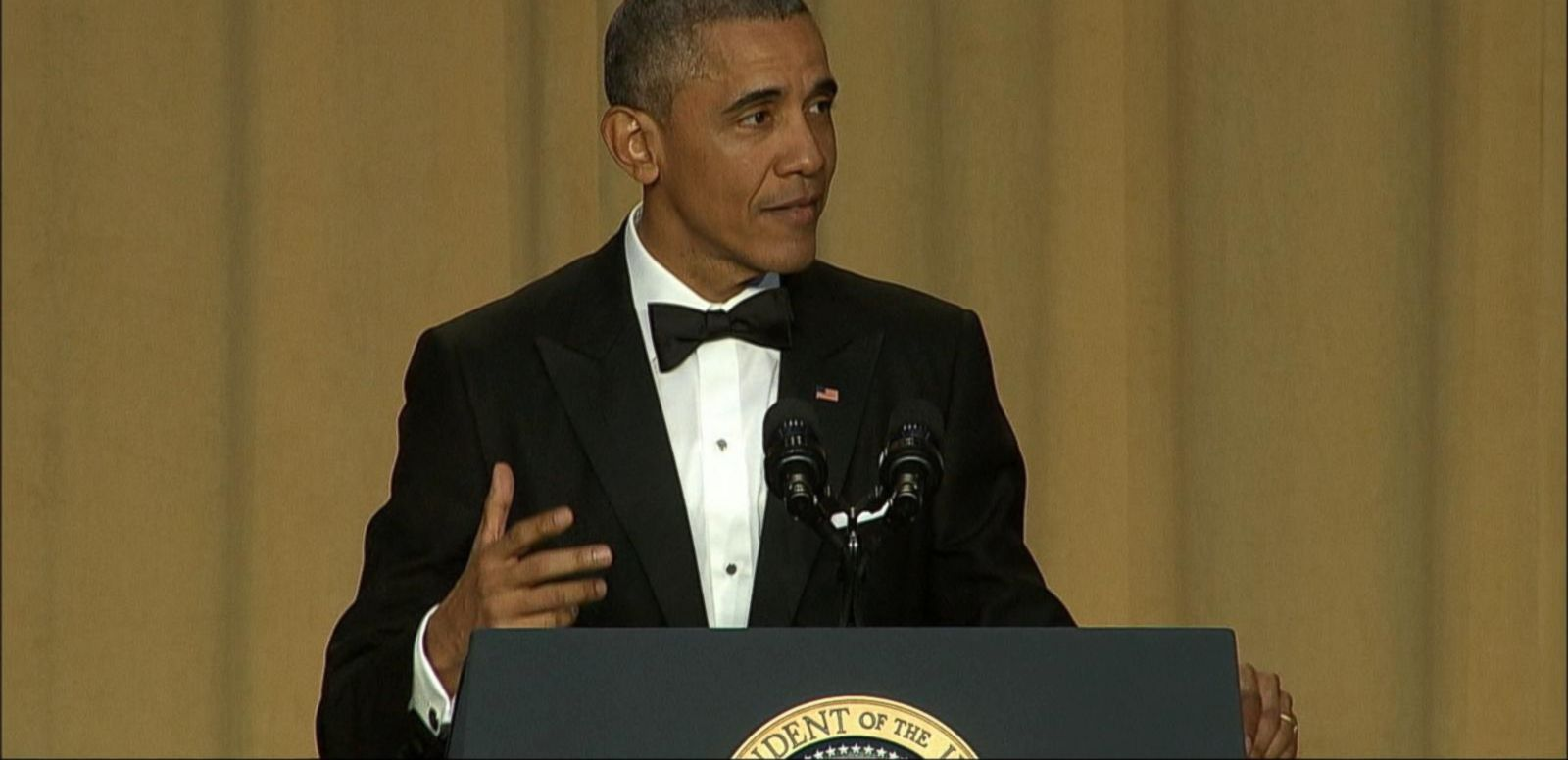 VIDEO: Obama Drops the Mic at His Last White House Correspondents Dinner