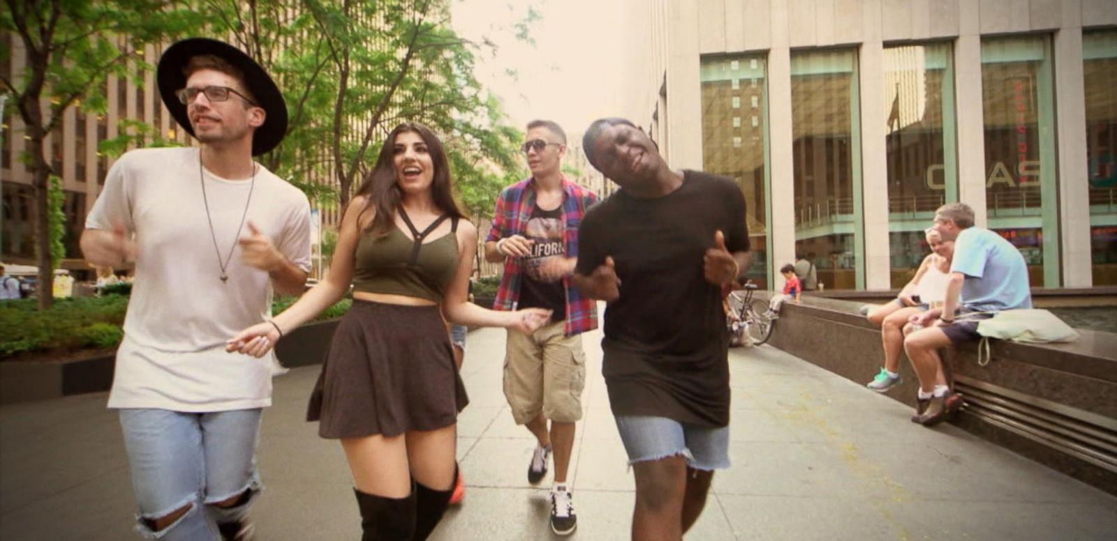 VIDEO: Flo Rida's Epic 'Running Man' Challenge