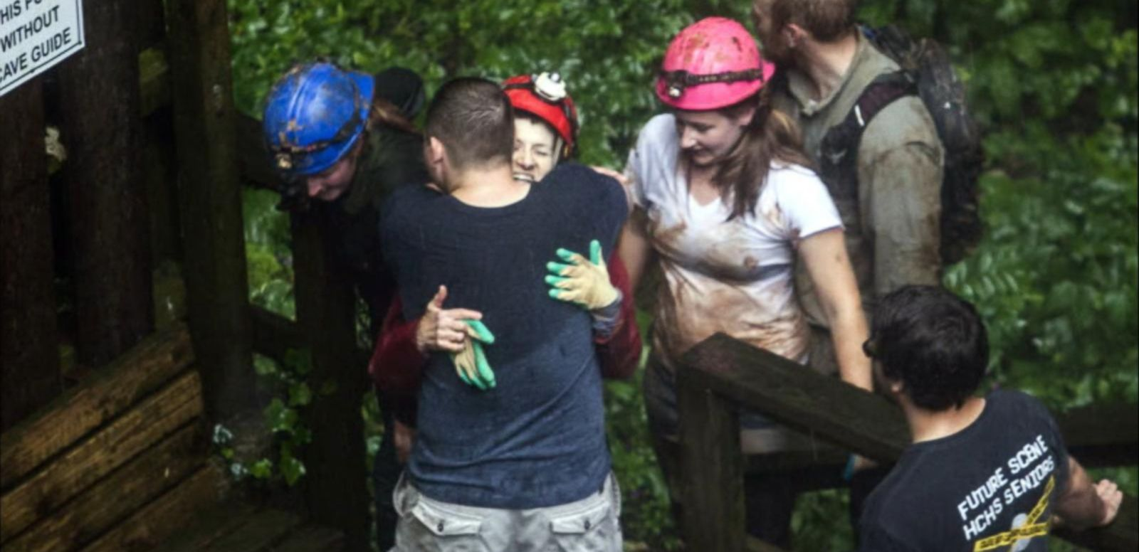 VIDEO: Flash Floods Trap College Students in Kentucky Cave
