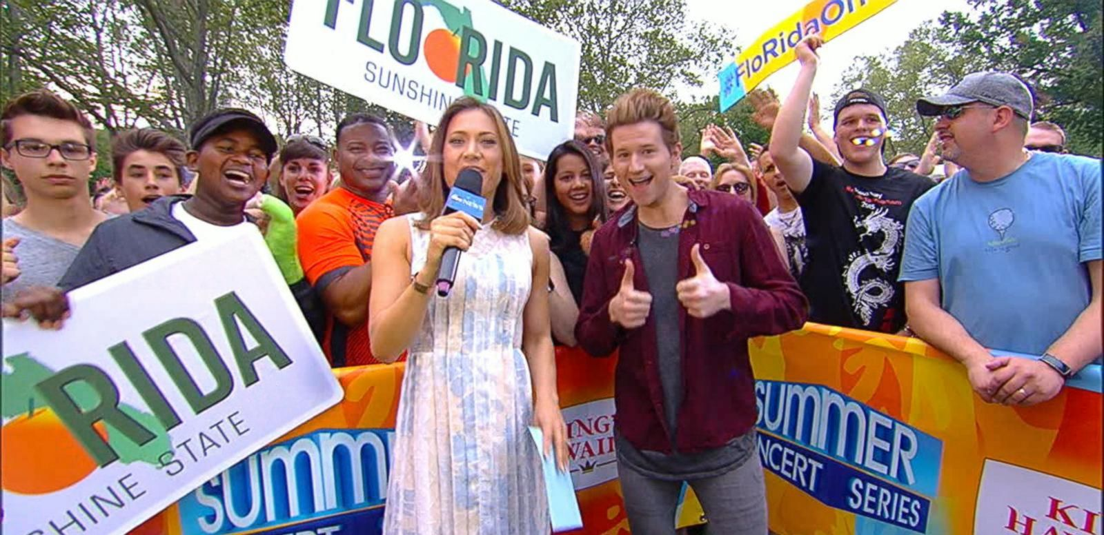 VIDEO: Exclusive: Ricky Dillon Reveals Billboard Music Awards Selfie Video