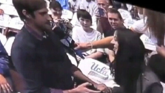 VIDEO: A mans marriage proposal at a UCLA basketball game gets rejected.