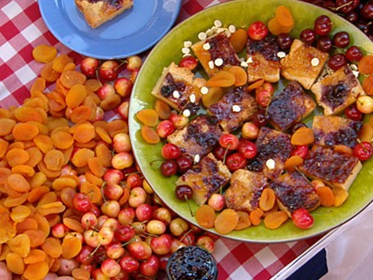 Spike Mendelsohns Cherry-Apricot Jam Blondies