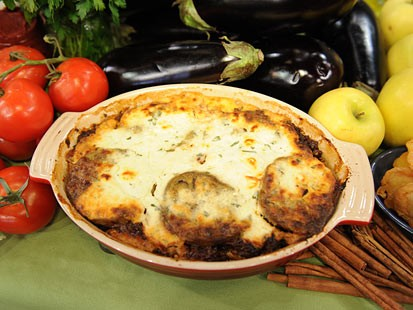 Speedy Moussaka,A Greek Traditional Dish With Short Cuts