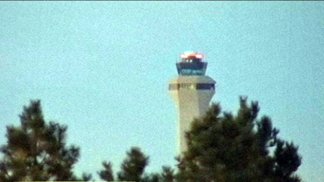 VIDEO: Air traffic control under fire for delaying help after plane fills with smoke.