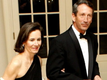 VIDEO: Friends of Gov. Mark Sanfords wife talk about how shes dealing with affair.