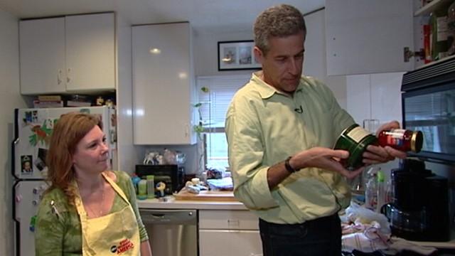 VIDEO: Dr. Richard Besser tests homeowners refrigerators for dangerous bacteria.