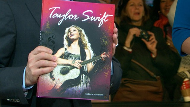 VIDEO: Taylor Swift, Marilyn Monroe are the focus of latest crop of coffee-table books.