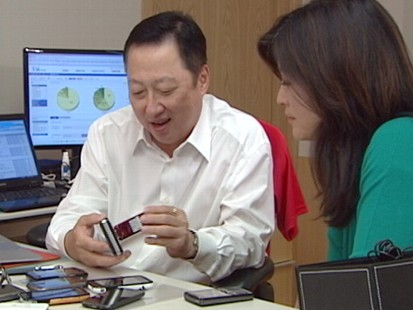 VIDEO: Juju Chang joins a South Korean businessman and gadget lover to talk tech.