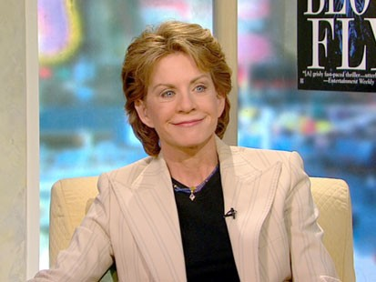 A picture of Patricia Cornwell.