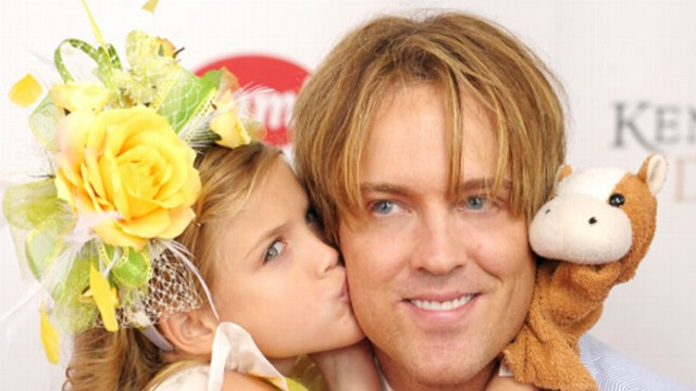 VIDEO: Larry Birkhead and Dannielynn talk about their life together.