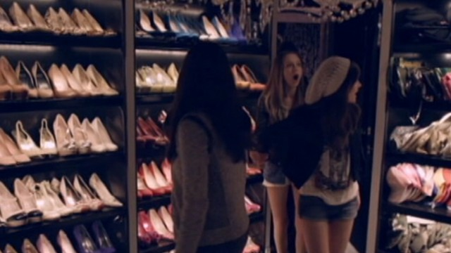 """VIDEO: """"The Bling Ring"""" actress discusses filming scenes in stars closet with the U.K. Radio Times."""