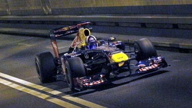 VIDEO: Formula 1 Driver Races Down NYs Lincoln Tunnel