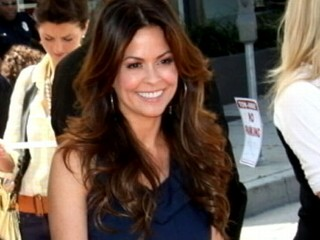 VIDEO: Brooke Burke Reveals Thyroid Cancer Diagnosis